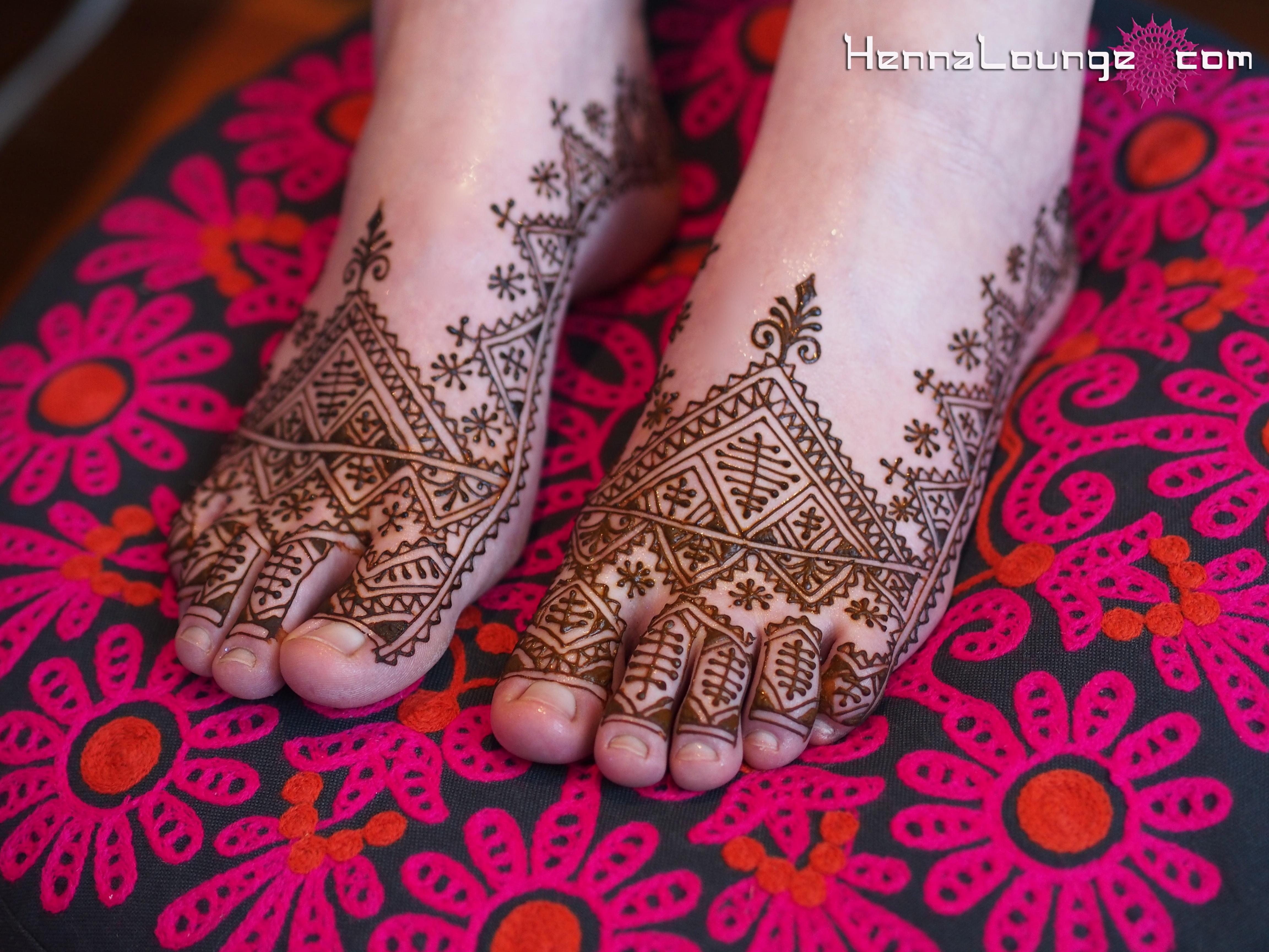 Moroccan Mehndi Patterns : Moroccan henna lounge