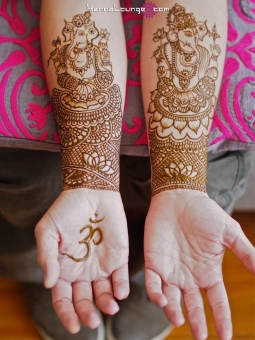 Sri Ganesh henna to remove obstacles and bring luck in transition