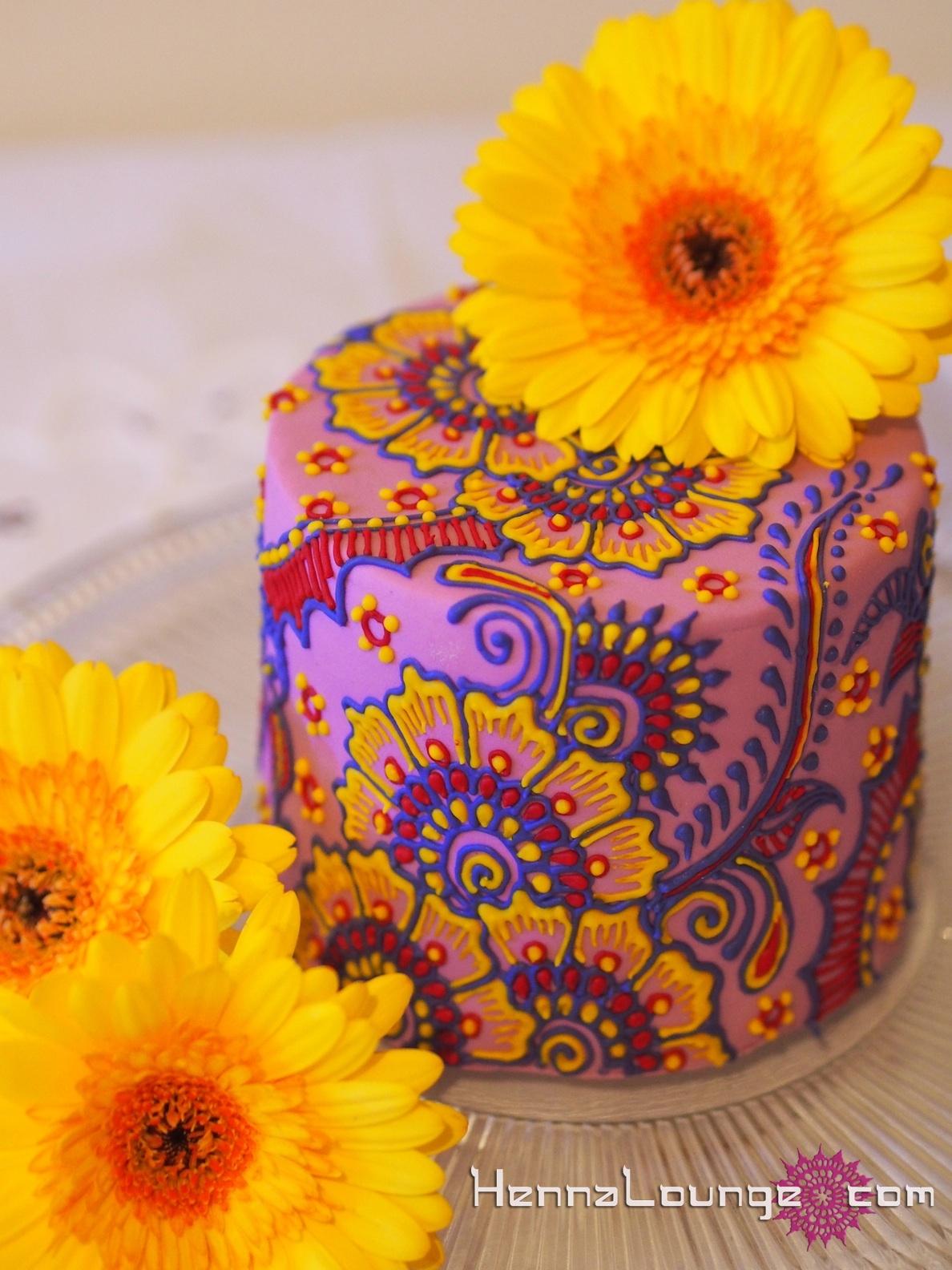 Henna Cakes And Art Henna Lounge