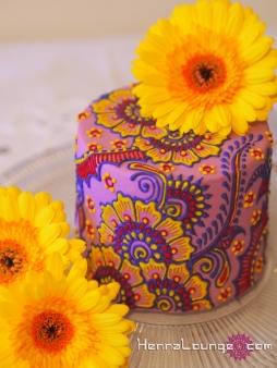 Mini henna cake