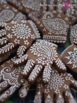Mehndi hand cookies