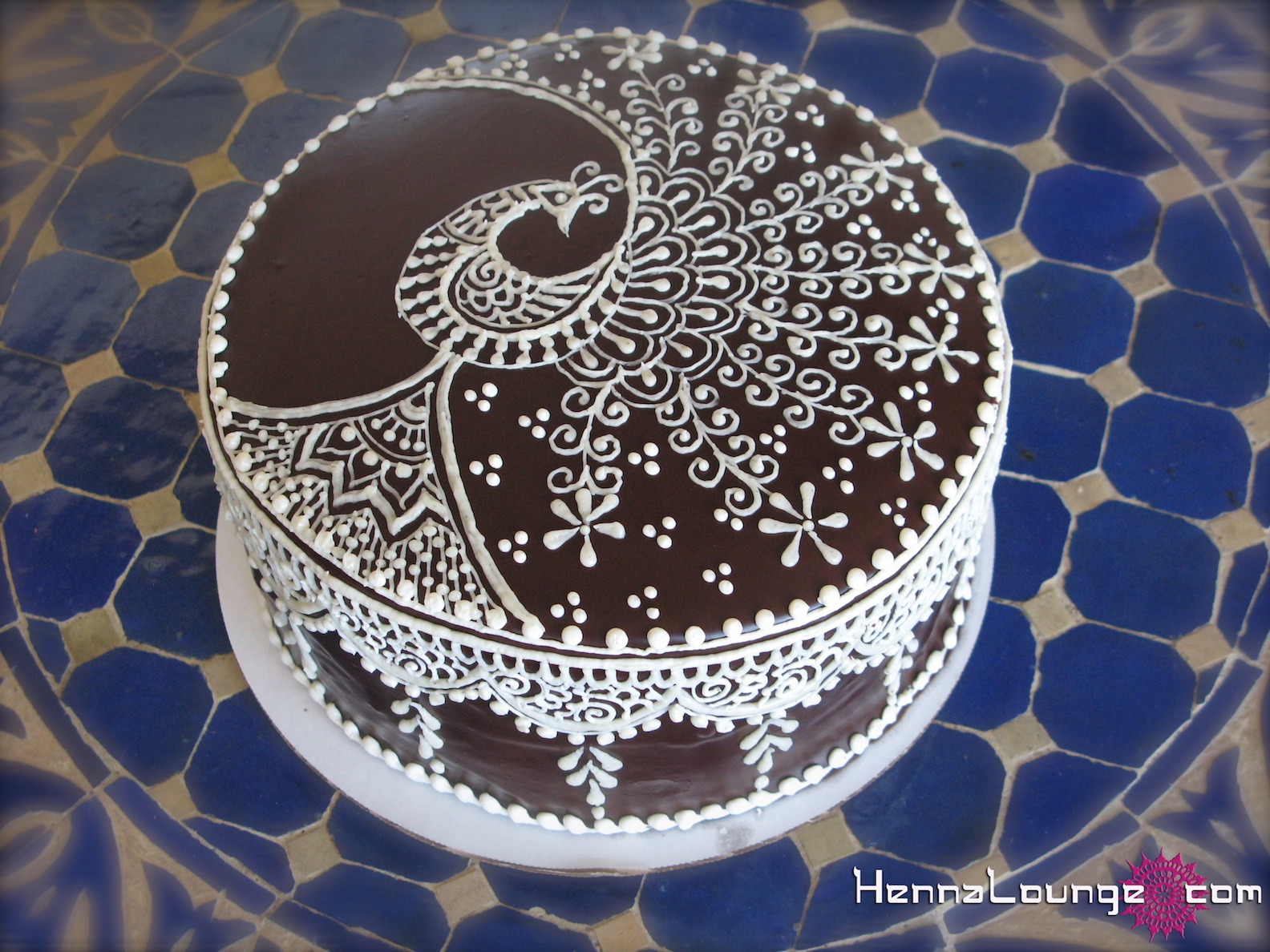 Mehndi Cake Stencil : Henna cakes and art lounge
