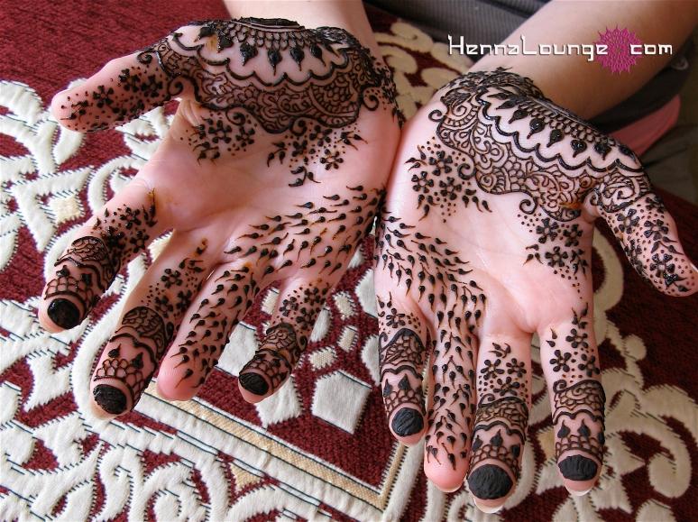 Delicate Indian fusion Gulf design