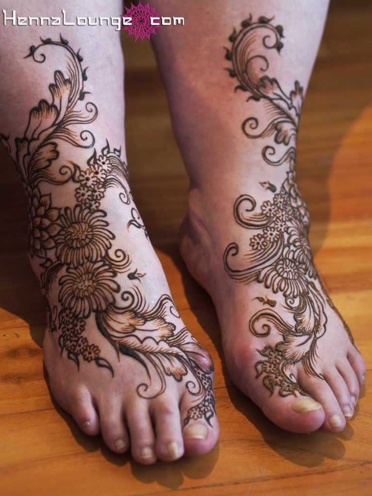 Ikebana inspired henna